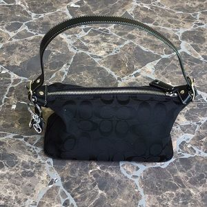Coach Purse - black, large C pattern,